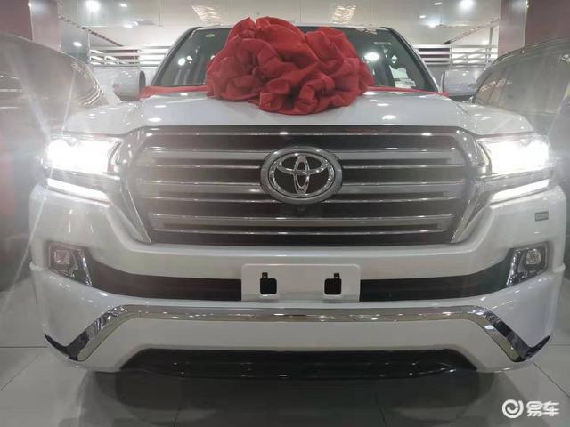 19款丰田酷路泽4000八气囊外挂版升级