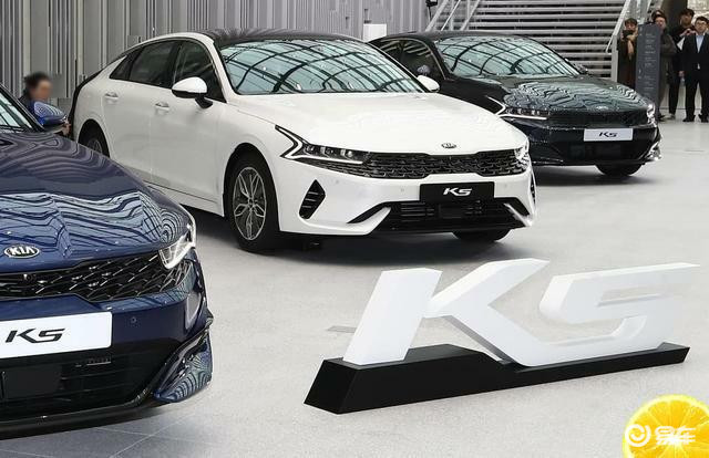 全新K5上市,轿跑造型内饰升级,折合12.4w起
