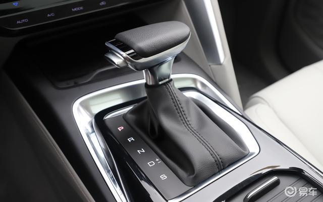 年轻人别只盯着哈弗F7,这国产SUV油耗更低,关键更亲民