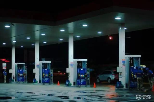 比加油站还便宜,APP上的油价能信吗?老司机:放心加吧