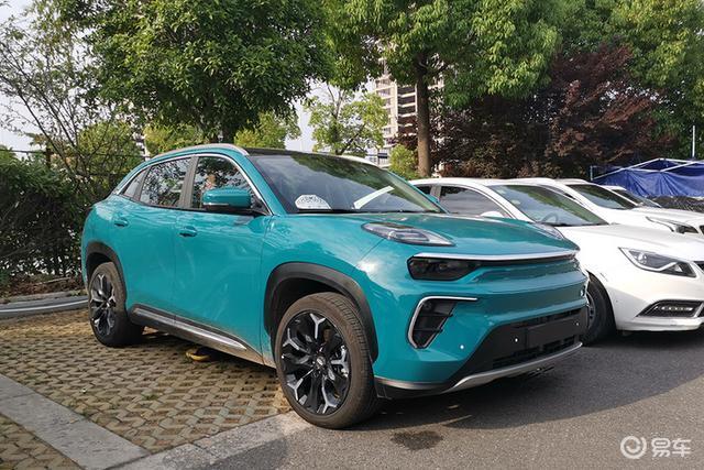 奇瑞eQ5实车,全铝车身配600km续航,这前脸会爱吗?