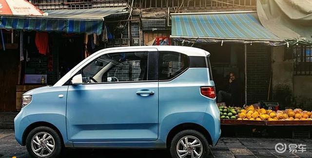 宏光MINI EV未上市就卖出2万台,代步小神车实至名归