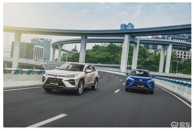"""""""""""兰达兄弟""""遇上山城重庆,开着SUV跑山是什么感觉?"""