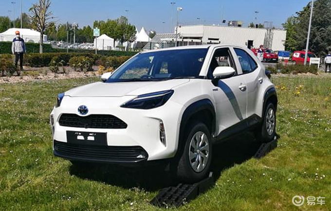 丰田全新SUV实拍与本田缤智同级/尾灯像威兰达