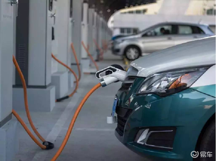 #新能源#新能源电动汽车和燃油汽车相比有哪些优势?