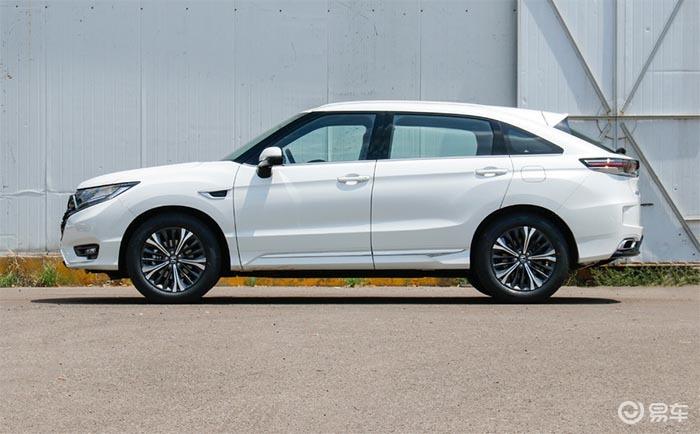 同级最舒坦的大五座SUV,新款本田UR-V买哪款划算