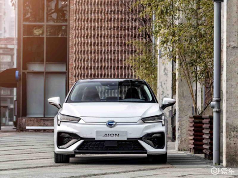 都市上班族选购十五万纯电轿车推荐这三款