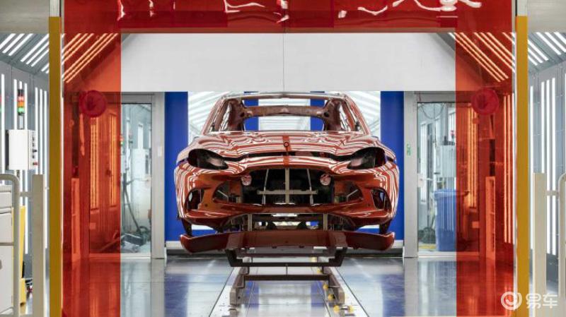 在英国工厂生产 阿斯顿·马丁DBX将于明年第二季度量产