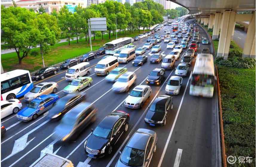 加速舒适省油三项全能智擎MHEV让你在城市驾驶中游刃有余