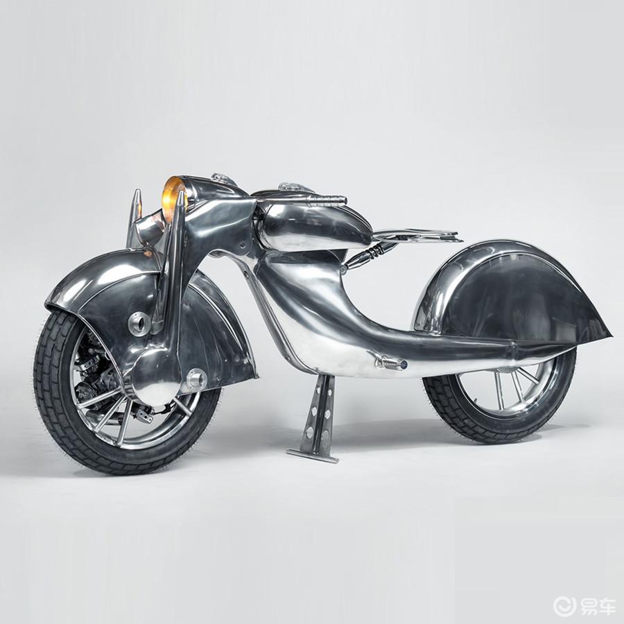 你没看错!这部摩托车真是前轮驱动