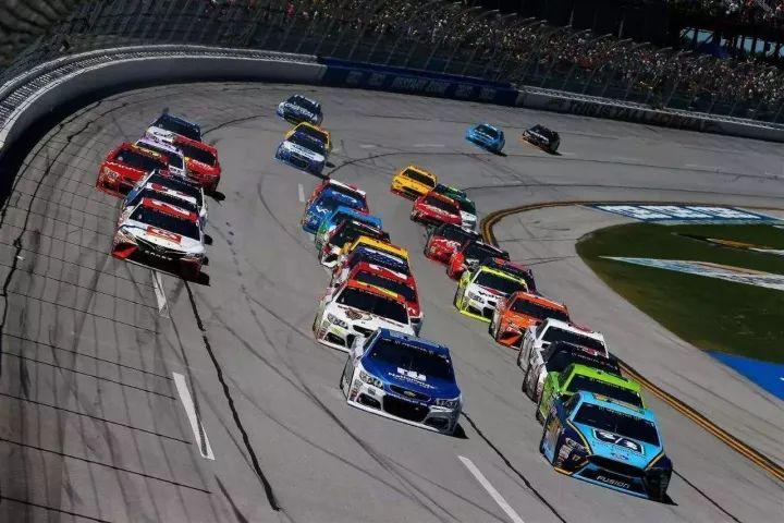 错过了要再等一年,NASCAR大满贯赛免费带你游美国 棋牌游戏最靠谱app