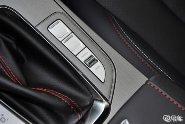 大空间 配置丰富 新款长安欧尚X7值不值得入手?